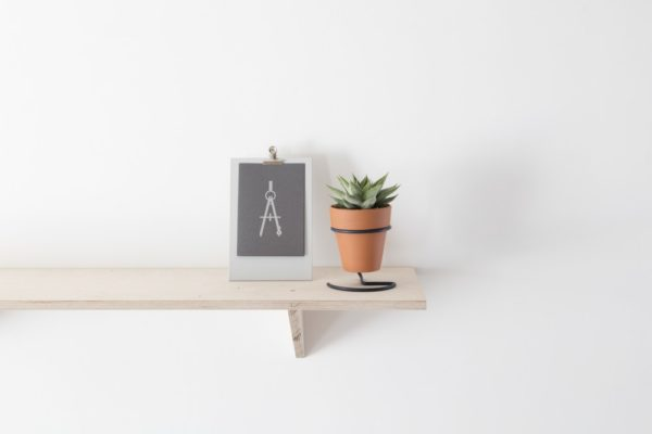 Standing Clipboard in white lifestyle