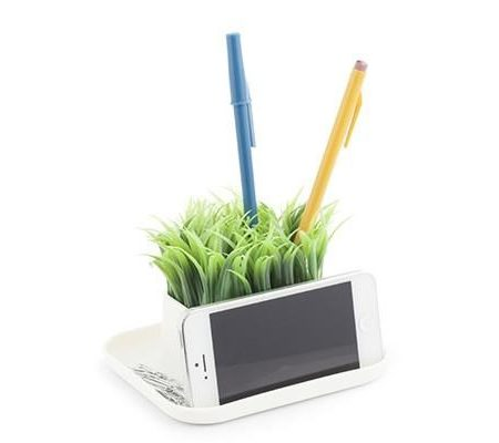 Kikkerland Grass Pen Holder