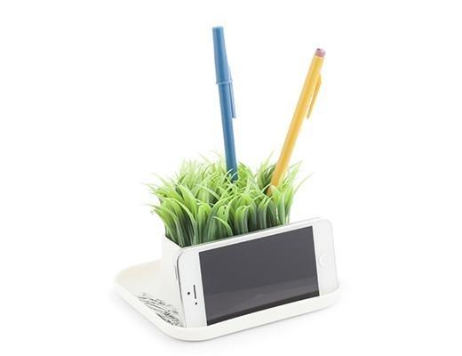 Kikkerland Grass Pen Holder