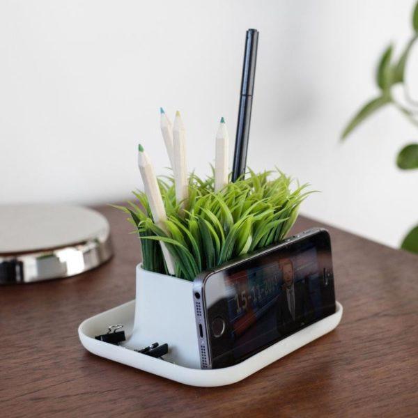 Kikkerland Grass Pen Holder on Desk